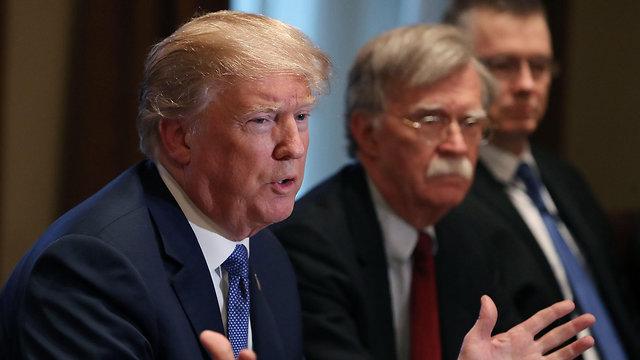 דונלד טראמפ היועץ לביטחון לאומי ג'ון בולטון (צילום: AFP)