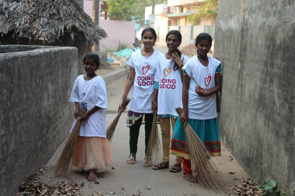 מעשים טובים בהודו