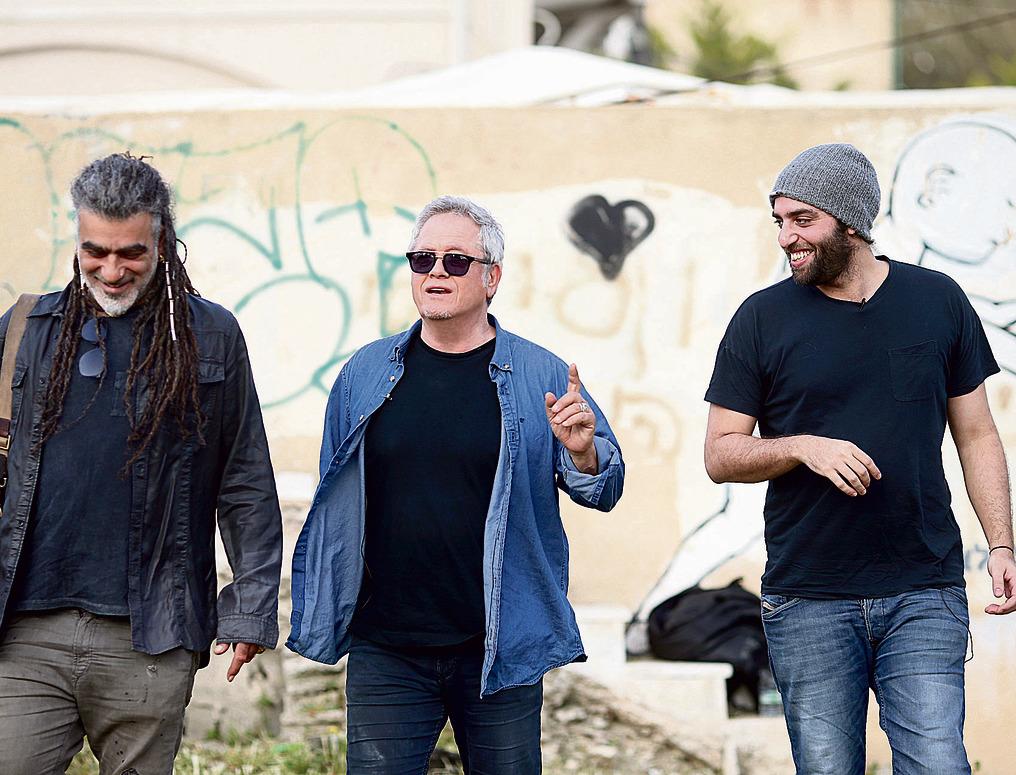 """עם הראפר טונה בתל־אביב. טונה: """"'סע לאט' זה שיר מדהים... אריק איינשטיין הוא מבחינתי הראפר"""""""