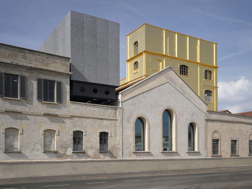 מוזיאון פראדה. לא מותג האופנה הוא החשוב פה, אלא התערוכות ובעיקר המבנה הישן-חדש-מחודש שרם קולהאס ואנשיו יצרו פה (צילום: Bas Princen)