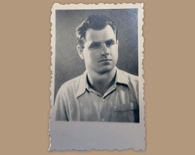 """סבא שלי ז""""ל, שמעון קלווריה, כשהיה צעיר (צילום: אוסף פרטי)"""