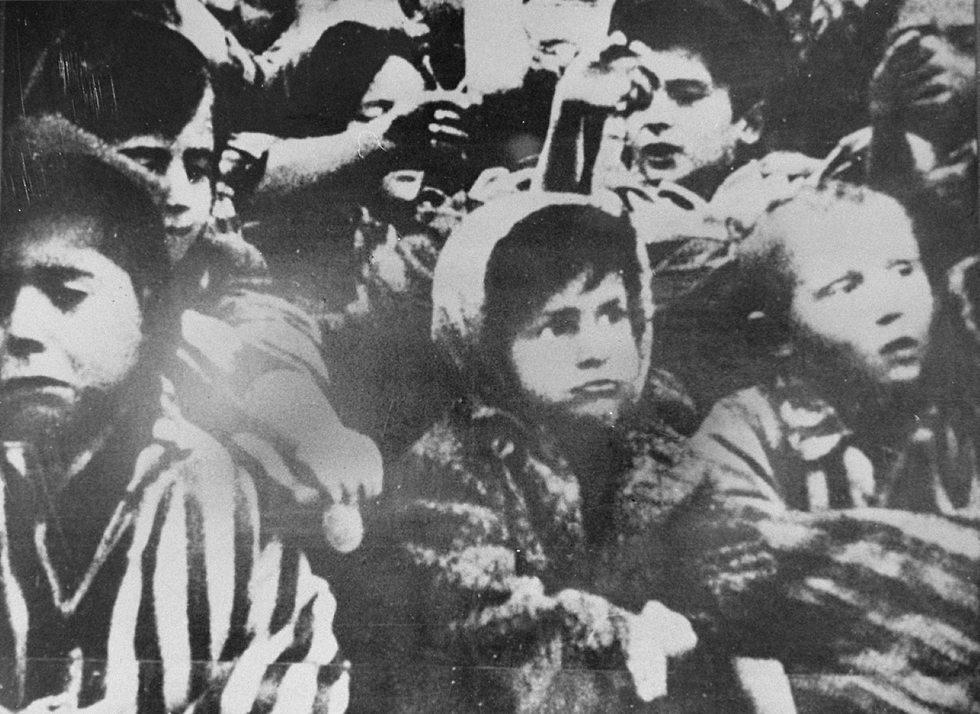 מייקל בורנסטין לאחר שחרור אושוויץ ()