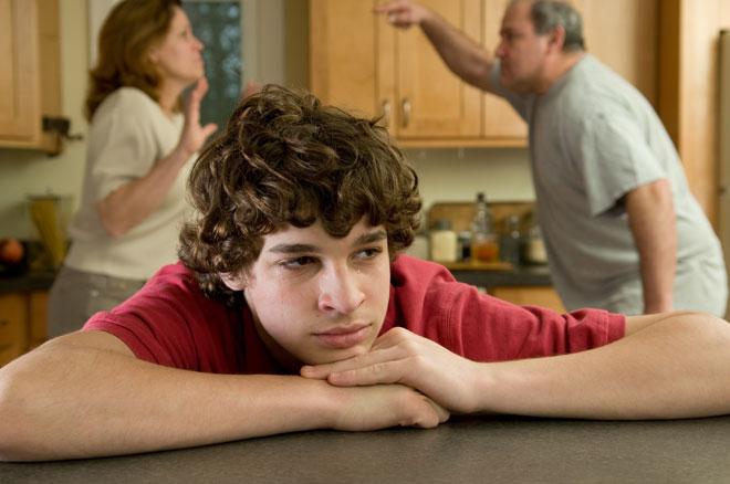 הם בוגרים ועצמאיים, אבל עדיין ילדים שחוששים מהלא נודע. צילום אילוסטרציה (צילום: Shutterstock)