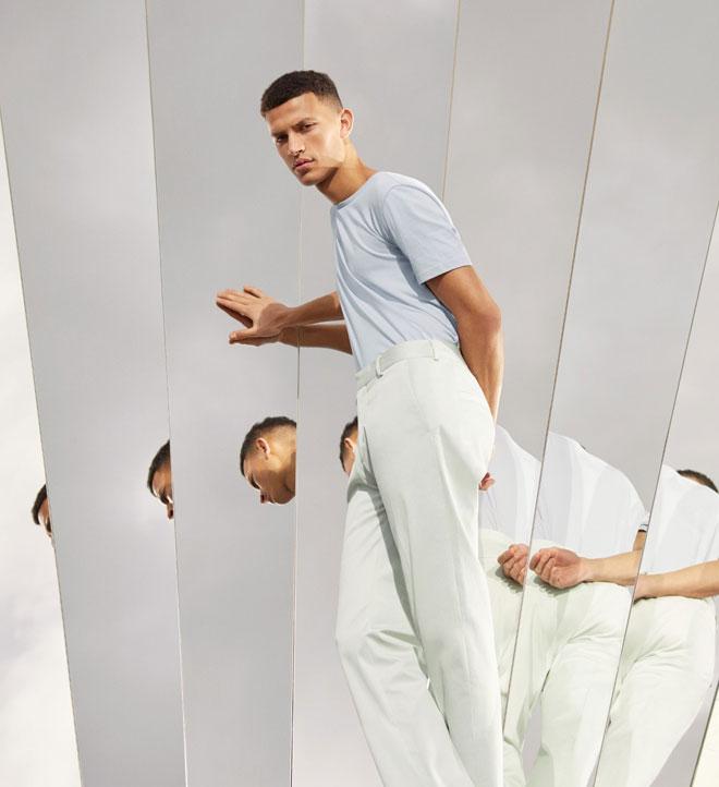 מיצב משותף למותג האופנה cos ולאמן Phillip K Smith III יעמוד בחצר הפאלאציו איסימברדי