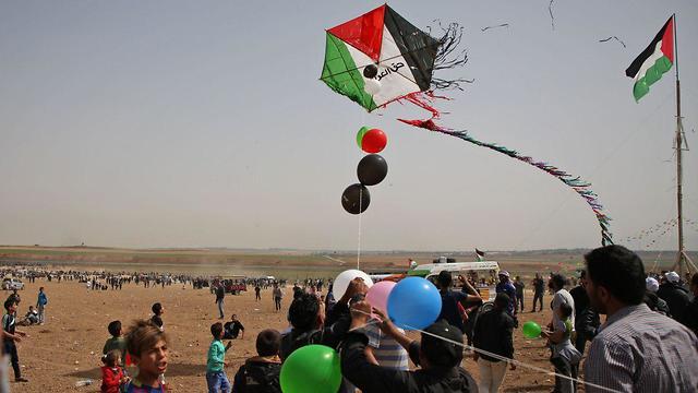 הפרות סדר בגבול רצועת עזה (צילום: AFP)