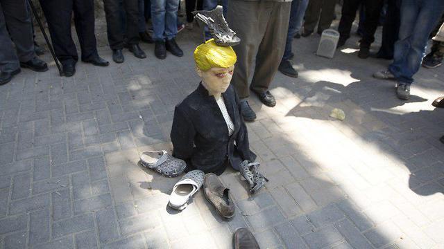 הפגנה בשכם לאחר ההפצצה בחאלד (צילום: AP)