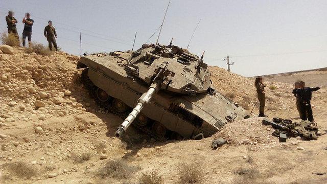 התדרדרות טנק במהלך פעילות מבצעית בעוצבת