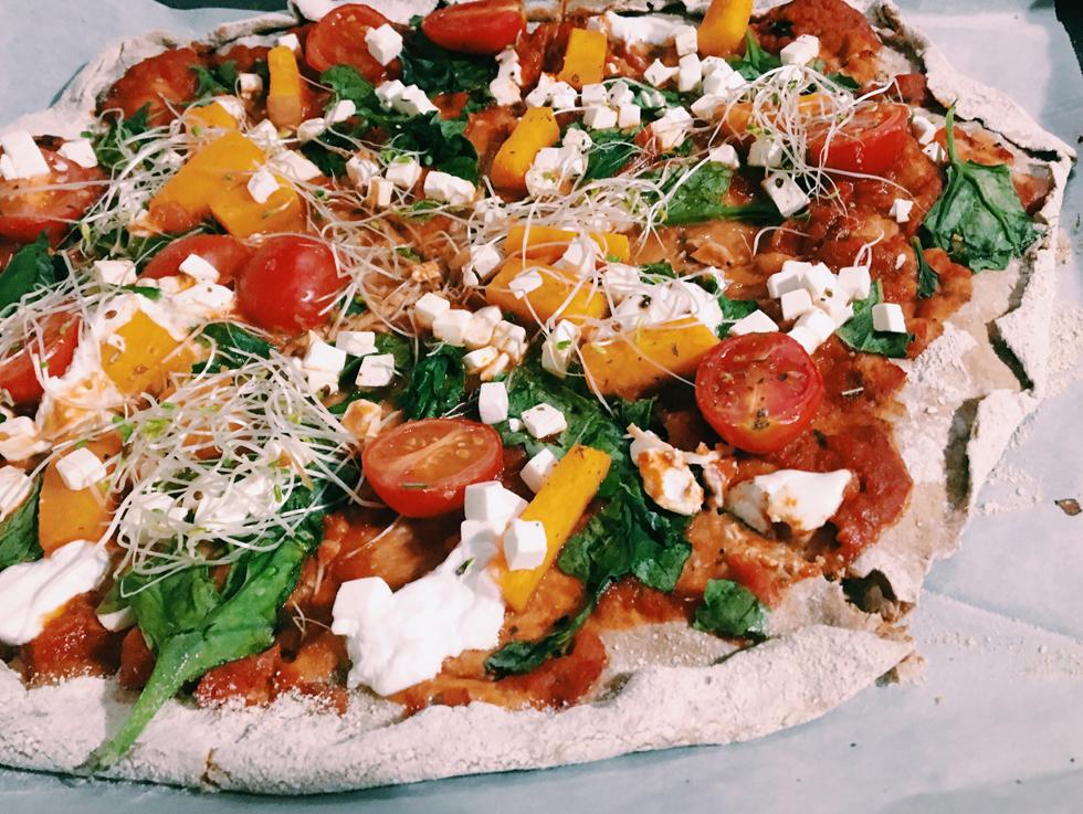 פיצה צבעונית ובריאה יותר (צילום: ליאורה חוברה)