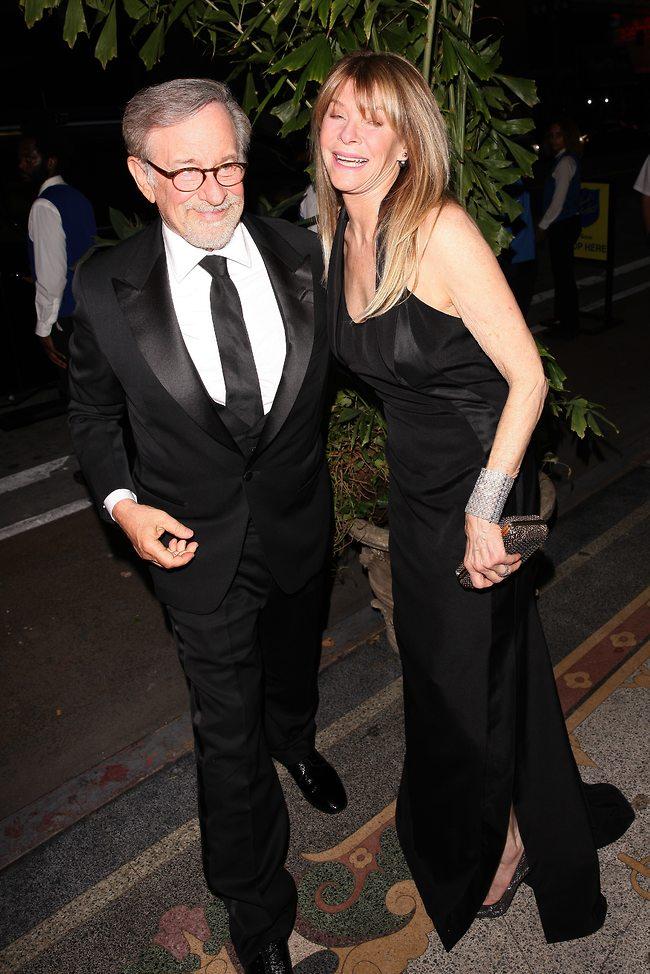 הזוג הכי חמוד בהוליווד. סטיבן ספילברג וקייט קאפשו  (splashnews)