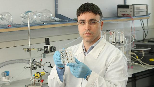 Prof. Hussam Haick (Photo: Eli Gershgorn)