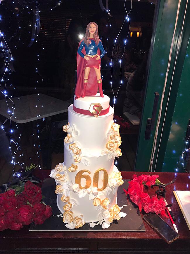 תכלס ציפינו לעוגה יותר גדולה (צילום: ארן חן)