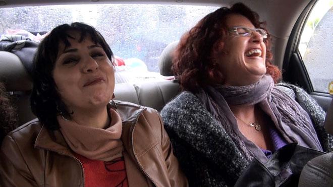 """עם השותפה לשעבר, רולה. """"נסעתי לרמאללה בלי לחשוש"""" (צילום: זייגוט הפקות)"""