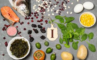 מזונות עשירים ביוד (צילום: Shutterstock)
