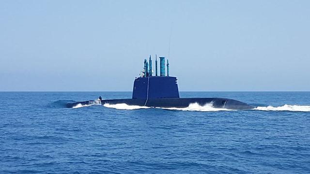 Dolphin-class submarine (Photo: Gil Nechushtan)