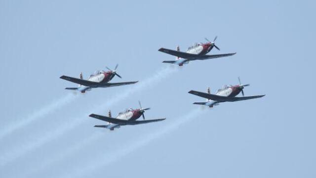 The IAF's aerobatics team (Photo: Motti Kimchi)