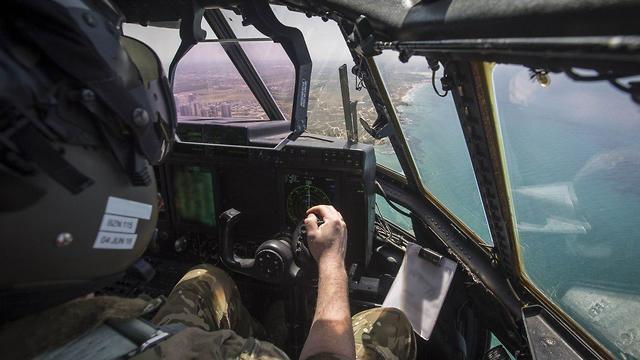 מטס בהשתתפות חיל האוויר הבריטי הרקולס (באדיבות שגרירות בריטניה ישראל)