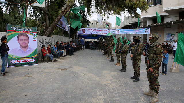 Mourners' tent erected in Gaza for Albatsh (Photo: AP)
