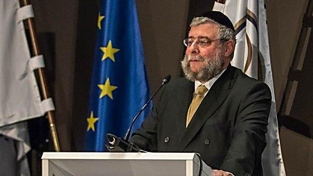 הרב גולדשמידט בנאום בפני רבני אירופה וראשי האיחוד האירופי באמסטרדם (צילום: אלי איטקין)