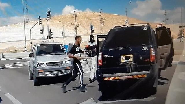 צומת אוהלים תאונת דרכים בדואים אלימות תאונה כביש 40 מכות תקיפה ()