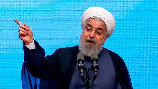 חסן רוחאני נאום ב תבריז איראן (צילום: AFP)