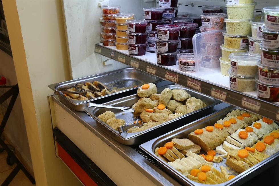 שוק אוכל יהודי (צילום: מאיר בולקה)