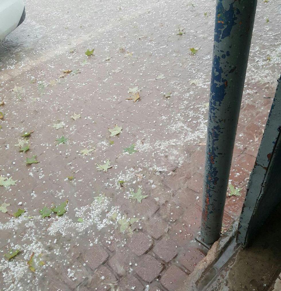 ברד ב דימונה מזג אוויר (צילום: טל אשכנזי)