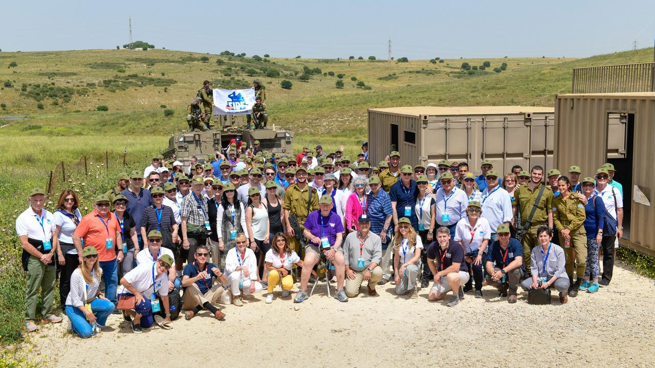 The FIDF delegation with IDF soldiers from the Golani Brigade on April 17  (Photo: Shahar Azran)
