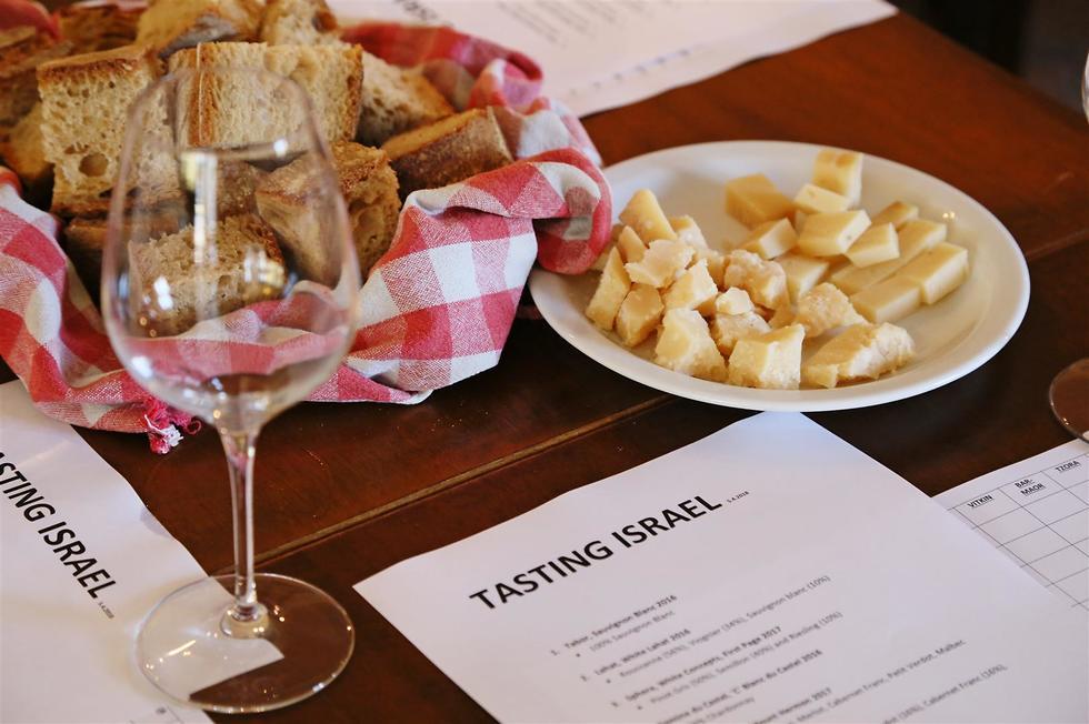 טעימת יינות ישראליים באיטליה (צילום: נרי אשכנזי)