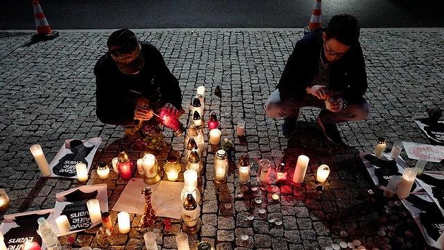 בריטניה פעוט אלפי אוונס מאבק משפטי מת הלך לעולמו (צילום: רויטרס)