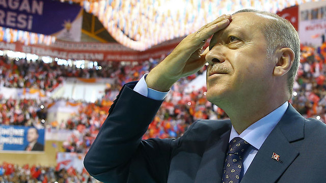 President Erdoğan called for snap elections last month, to be held June 24 (Photo: AFP / Turkish Presidential Press Service)