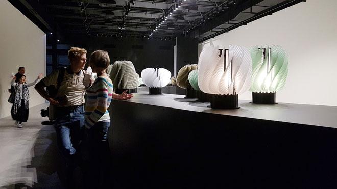 יעל מר ושי אלקלעי (raw edges) השיקו את מנורות ה''הורה'' שלהם בפלציו קריציה (צילום: ענת ציגלמן)