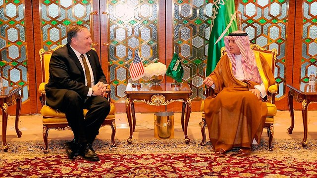 Pompeo meets with Saudi Foreign Minister Adel al-Jubeir (Photo: Reuters)