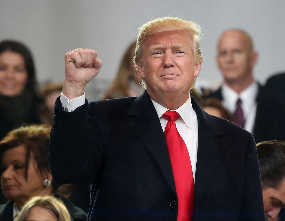 """דונולד טראמפ בטקס השבעתו לנשיא, ינואר 2017. """"היא לא מכירה אותי"""" (צילום: Mark Wilson/GettyImagesIL)"""
