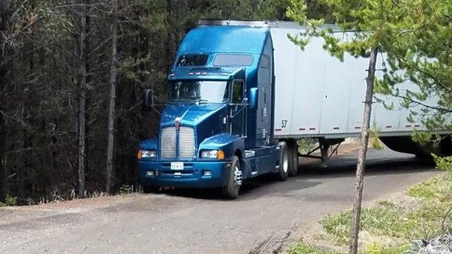 ג'ייקוב קרטרייט נהג משאית צ'יפס הלך לאיבוד ביער אורגון ארה