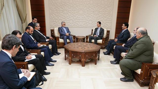 Boroujerdi estuvo acompañado por una delegación de parlamentarios iraníes (Foto: EPA)