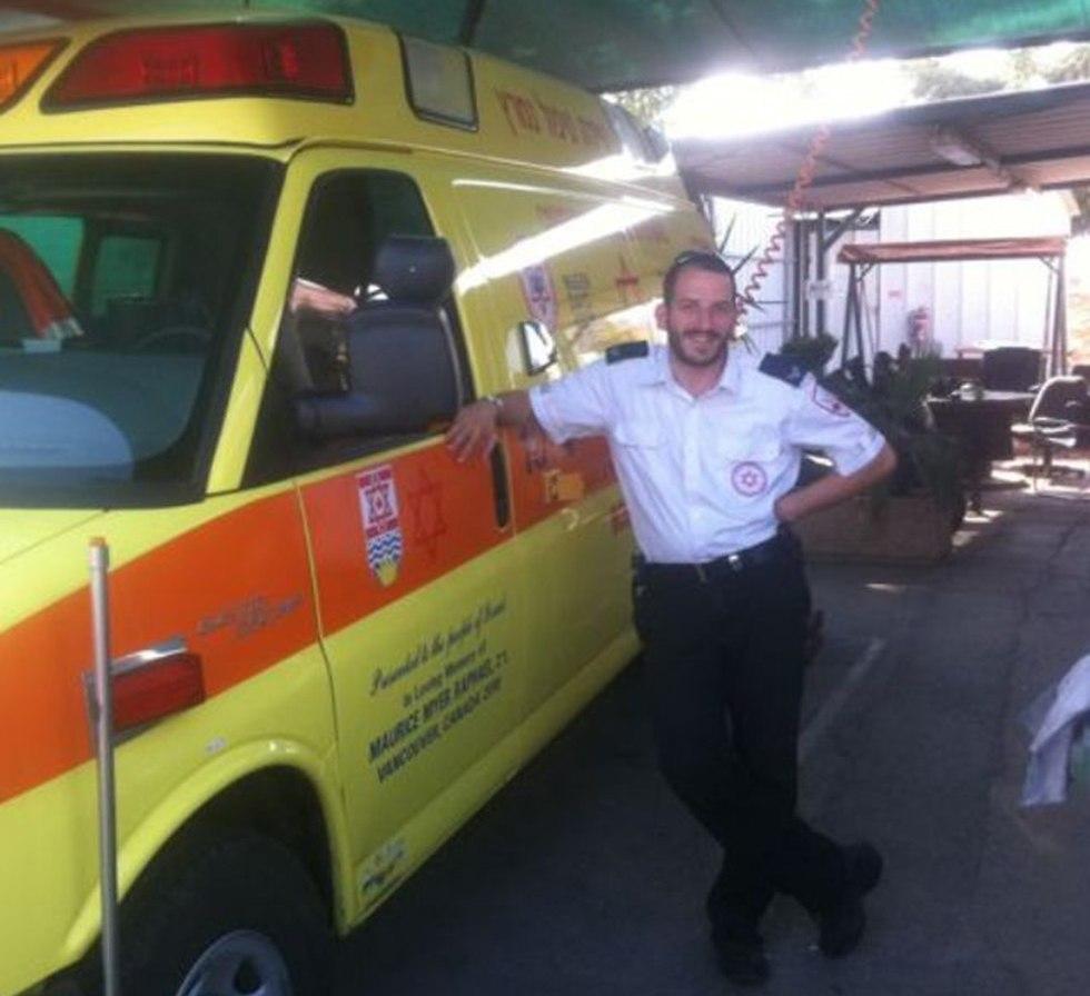 Дуди Штайнхартер - волонтер скорой помощи