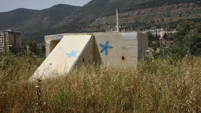 מקלטים ציבוריים בקריית שמונה (צילום: אביהו שפירא)