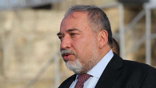 Defense Minister Lieberman says he is prepared to pay any price in a war on Iran (Photo: Hillel Meir/TPS)