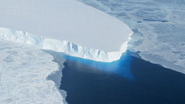 קרחון אנטרקטיקה (צילום: NASA)