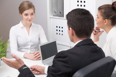 השעה הכי טובה לקבוע ריאיון עבודה? (צילום: Shutterstock)