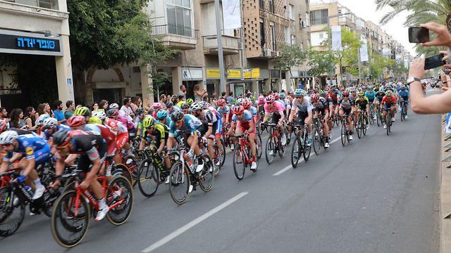 מרוץ אופניים ג'ירו ד'איטליה (צילום: דנה קופל)