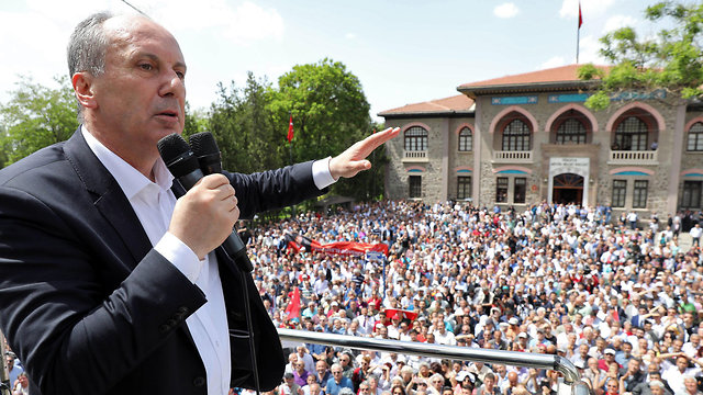 İnce said if elected he will not reside in Erdoğan's presidential palace in Ankara (Photo: AFP)