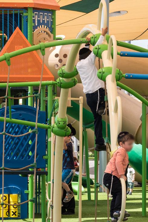 הפארק שוקק חיים מאז יום הפתיחה (צילום: יואב דודקביץ)