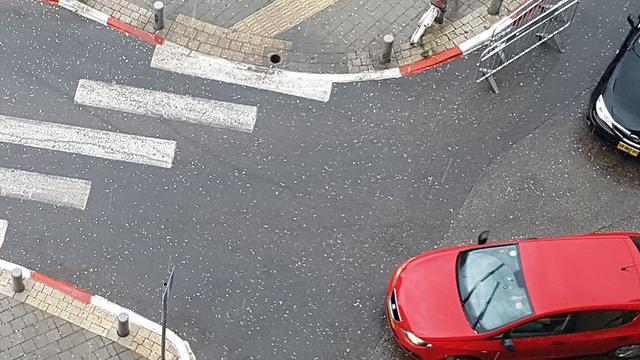 ברד בתל אביב ()