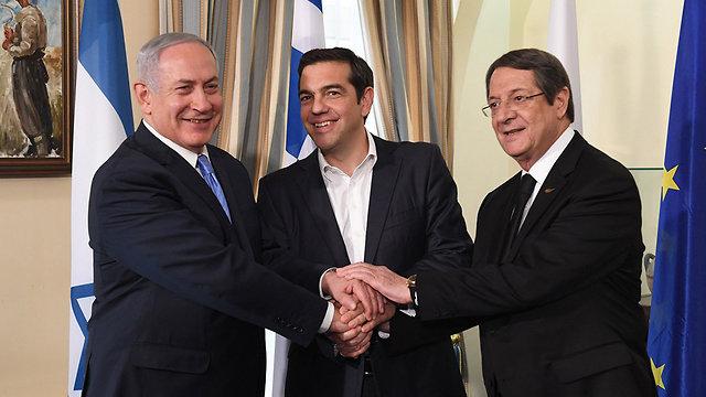 בנימין נתניהו עם נשיא קפריסין ניקוס אנסטסיאדיס (צילום: קובי גדעון, לע