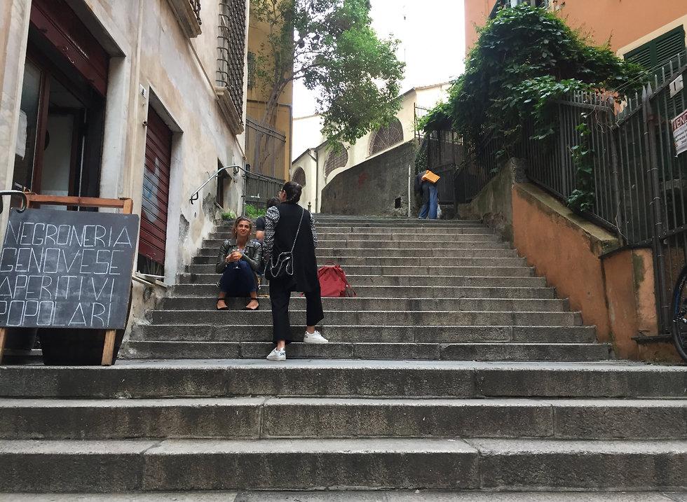 הבר  Torre Embriaci (צילום: עדי נטף)