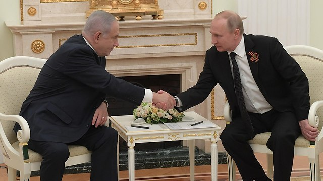 בנימין נתניהו פגישה עם נשיא רוסיה ולדימיר פוטין במוסקבה (צילום: עמוס בן גרשום, לע