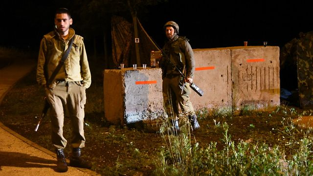 IDF forces in the Golan Heights, Wednesday night (Photo: Avihu Shapira)