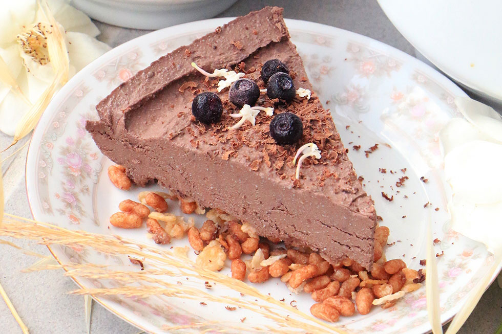 פאי מוס שוקולד טבעוני לשבועות (צילום: הודליה כצמן)