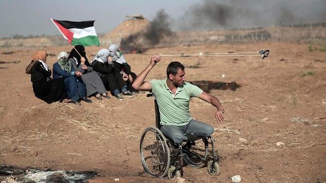 התפרעויות פלסטינים גבול רצועת עזה (צילום: AP)